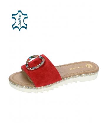 Piros bőr papucs színes strasszal CA540