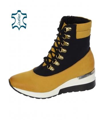 Fekete és sárga kényelmes bokás cipő, magas kötéssel DKO 3022
