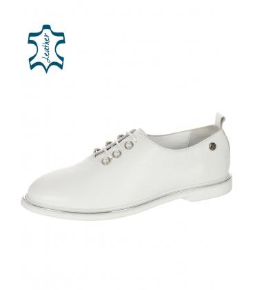 Fehér bőr elegáns cipő gyöngyökkel D-741