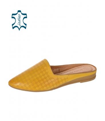 Sárga zárt bőrpapucs 14-607