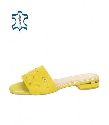 Sárga papucs steppelt résszel DSL2206