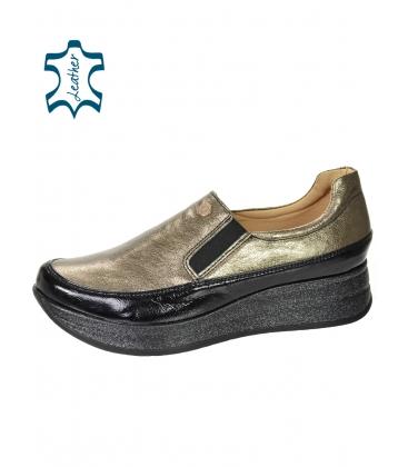 Fekete fényes cipők arany felsőrésszel DTE3316