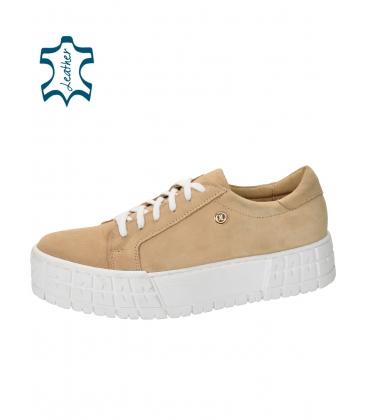 Gyűrött megjelenésű bézs színű cipők a HANZA magas talpon DTE3402