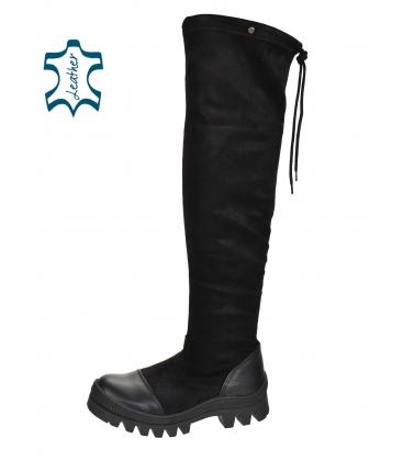 Fekete csizma bőrujjjal és szárival a térd felett DCI2182